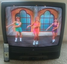 Zenith 26 Inch TV VCR VHS CRT Combo With Universal Remote Retro Gaming T... - $116.88