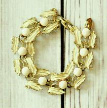 vintage white enamel leaf link bracelet - $19.79