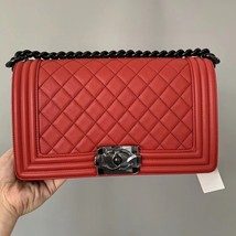 NEW RARE AUTH CHANEL RED QUILTED CALFSKIN SO BLACK HW MEDIUM BOY FLAP BAG image 3