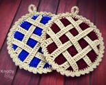Crochet pie pot holder