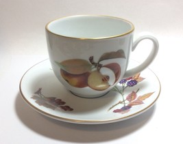 Royal Worcester Porcelain Gold Trim Evesham Tea Cup & Saucer Set - $4.93