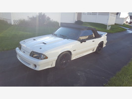 1988 Ford Mustang GT Convertible For Sale In Cincinnati, OH 45245 image 2