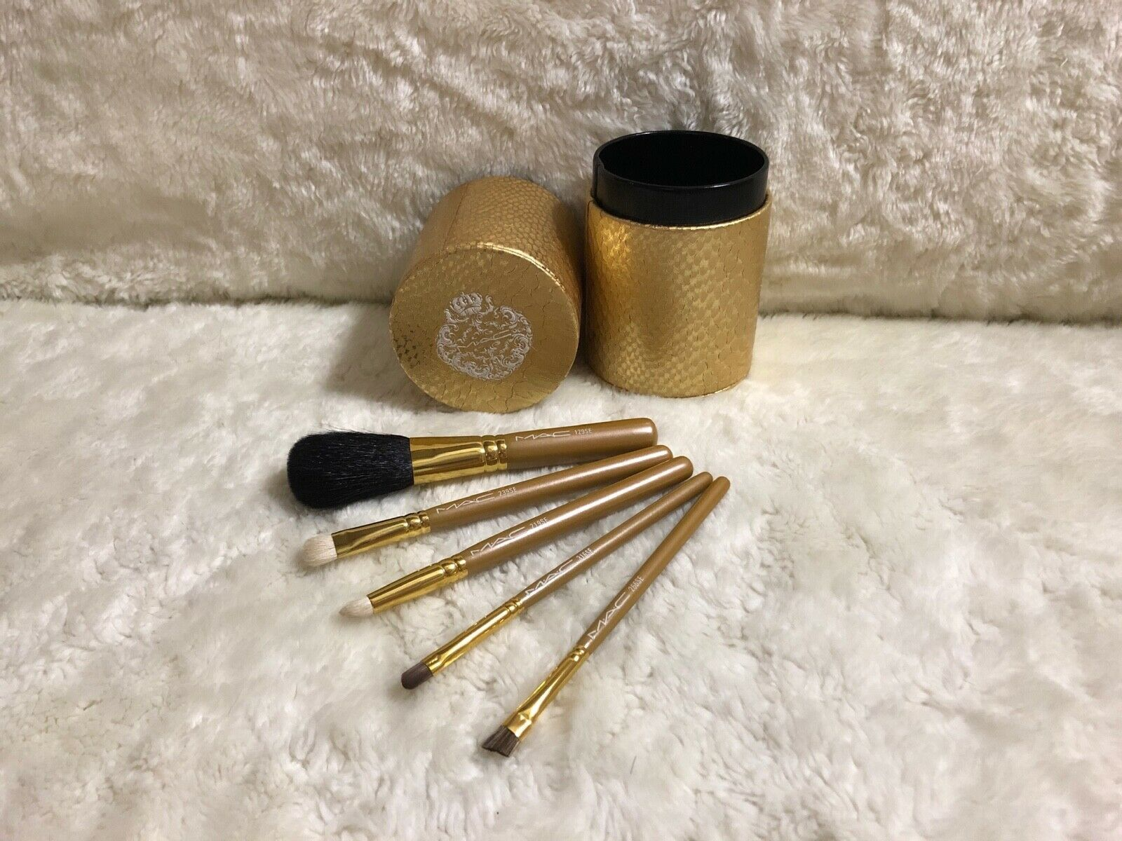 Primary image for RARE MAC Heirlooms Collection: 5 Basic Brushes Set,129/219/239/266/316SE, NO BOX