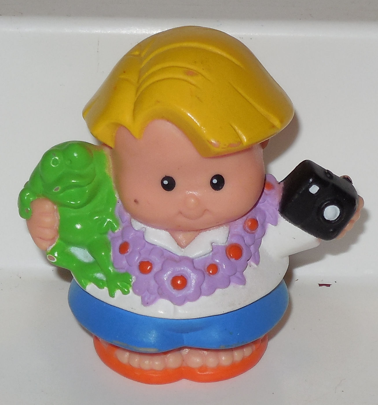 Fisher Price Current Little People Tourist With Camera FPLP