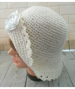 Cream Straw One Size Fits All Sun Brimmed Cloche Hat Rose Cloth Accent  - $16.66