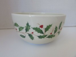 """Lenox Oven To Table Holiday Deep Serving Bowl 6.25""""W X 3-3/8"""" Deep Holly & Berry - $7.87"""