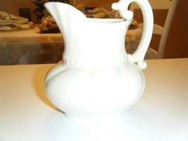 VINTAGE LENOX CREAM PITCHER WITH HANDLE 5 INCHES HIGH 3.5 OPENING - $16.82