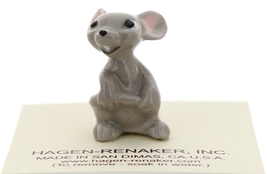 Hagen-Renaker Miniature Ceramic Mouse Figurine Mama Holding Tail image 1