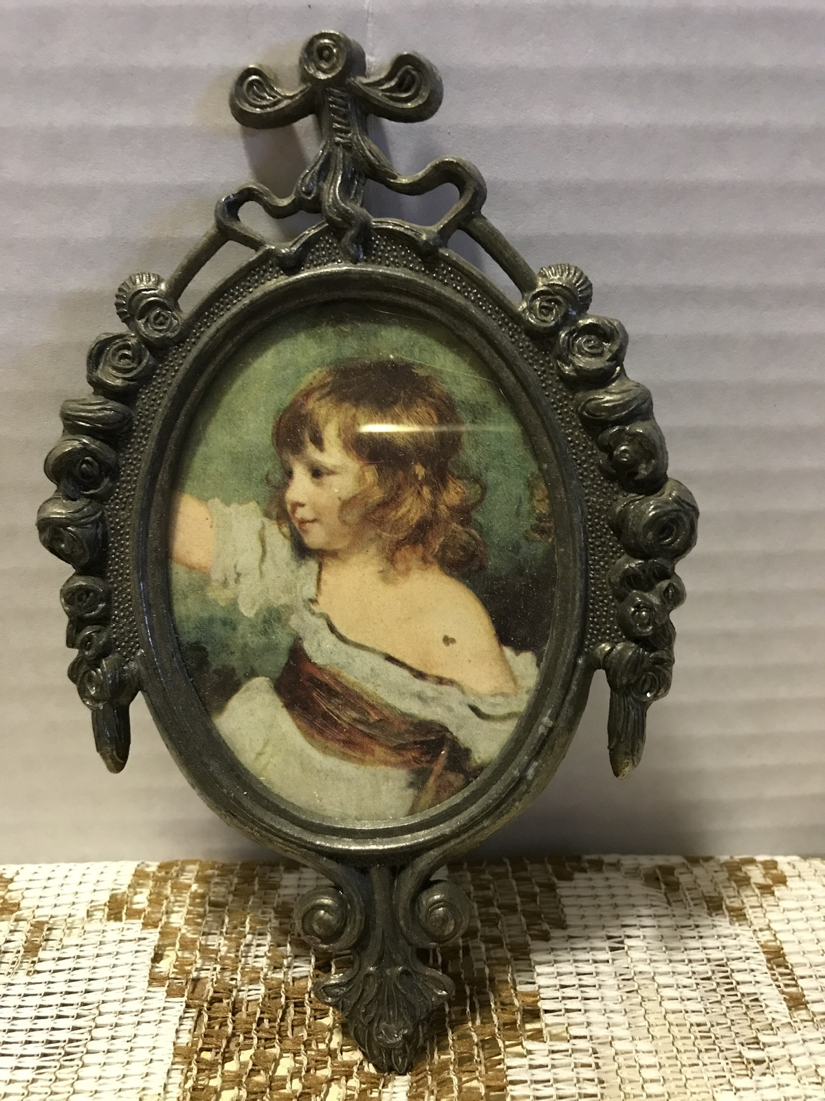 Vintage Gunmetal Frame Little Girl Prints Small Oval Wall Hangings Made in Italy