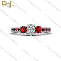 Oval Diamond 3 Stone Batman Theme Fantasy Harley Quinn Inspired Engageme... - €80,49 EUR+