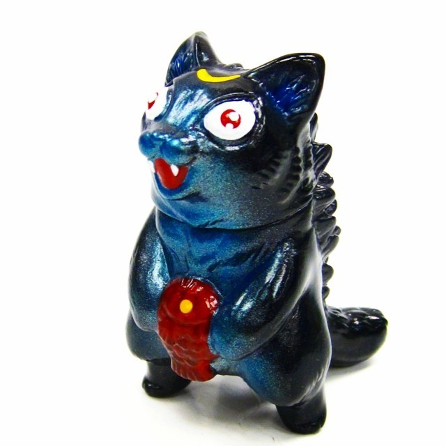"Max Toy Limited Run ""Luna"" Mini Negora by Mark Nagata"