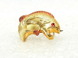 Vintage Costume Jewelry, Small Gold Tone Fish Brooch, Pin, HONG KONG PIN100 - $7.79