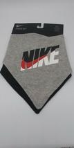 2 Piece Nike Baby Boys Bandana Bib Gift Set,  Gray, BLACK NWT - $16.78
