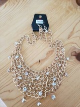 1039 Gold W/ Clear Gems Necklace Set (New) - $8.58