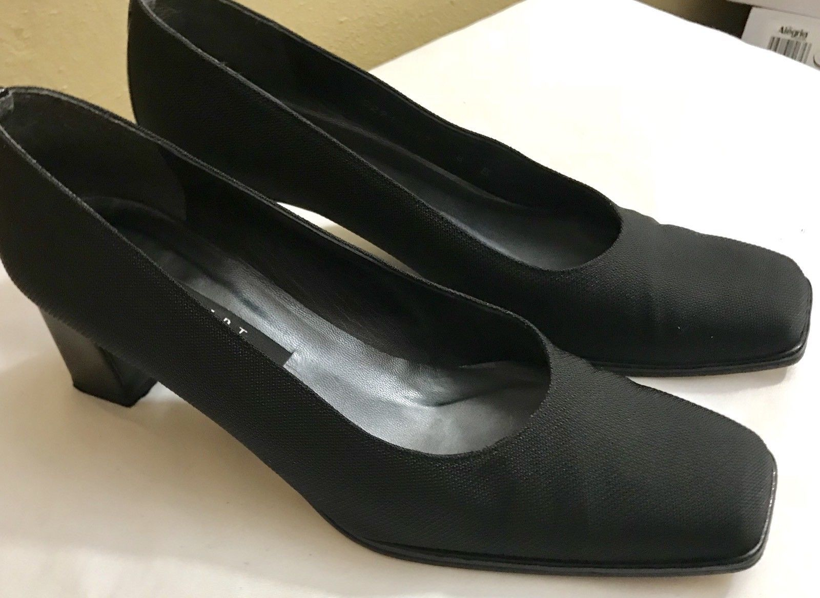 d3f148c39c46 S l1600. S l1600. Previous. Stuart Weitzman Square Toe Fabric Patent Leather  Women s Heels Size 8 Medium