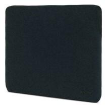 Incase Slim Sleeve with Black Diamond Ripstop for 15-inch MacBook Pro Retina image 2