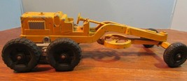 Vintage Hubley Kiddie Toy Road Grader 481 yellow tractor made in USA articulate - $28.05