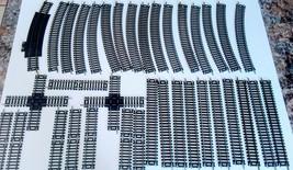 LIFE LIKE HO POWER LOC TRAIN TRACK LOT of 35 pieces - $23.74