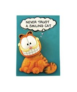 Never Trust A Smiling Cat Garfield Ceramic Bobble Head Plaque - $10.00