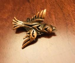 Small COPPER Soaring Flying BIRD PIN BROOCH J0612 - $7.60