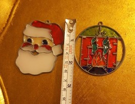VINTAGE STAINED GLASS STYLE SANTA CLAUS SUN CATCHER CHRISTMAS ORNAMENT w... - $13.81