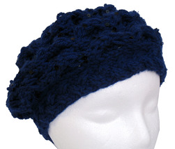Navy blue hand knit beret with spangles - €16,76 EUR