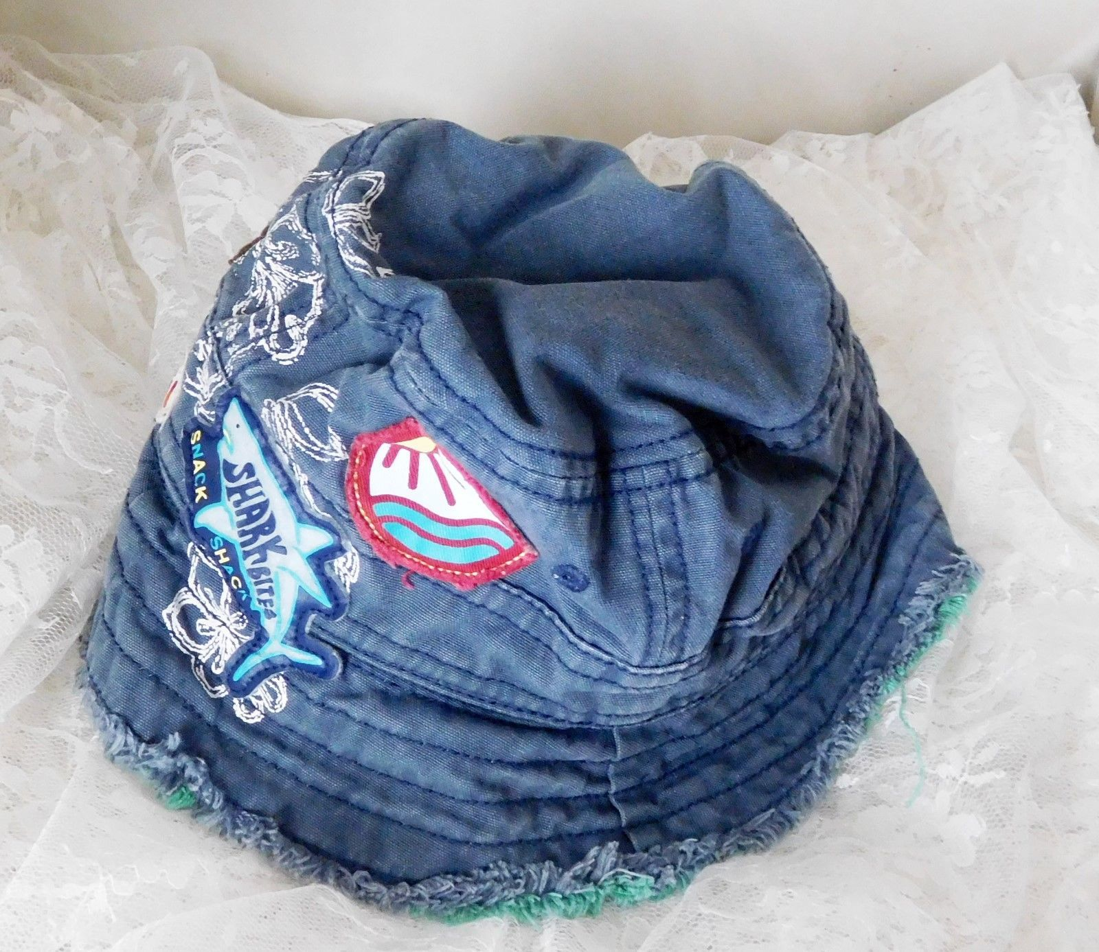 81bf6e93ecf GAP Reversible Bucket Hat Size XS S 12-24 Months - Wave Hunter Surf