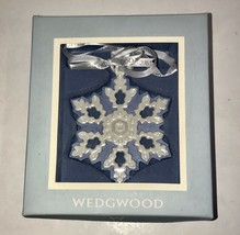 EXQUISITE WEDGWOOD PIERCED SNOWFLAKE BLUE/WHITE CHRISTMAS ORNAMENT IN BOX - $21.03