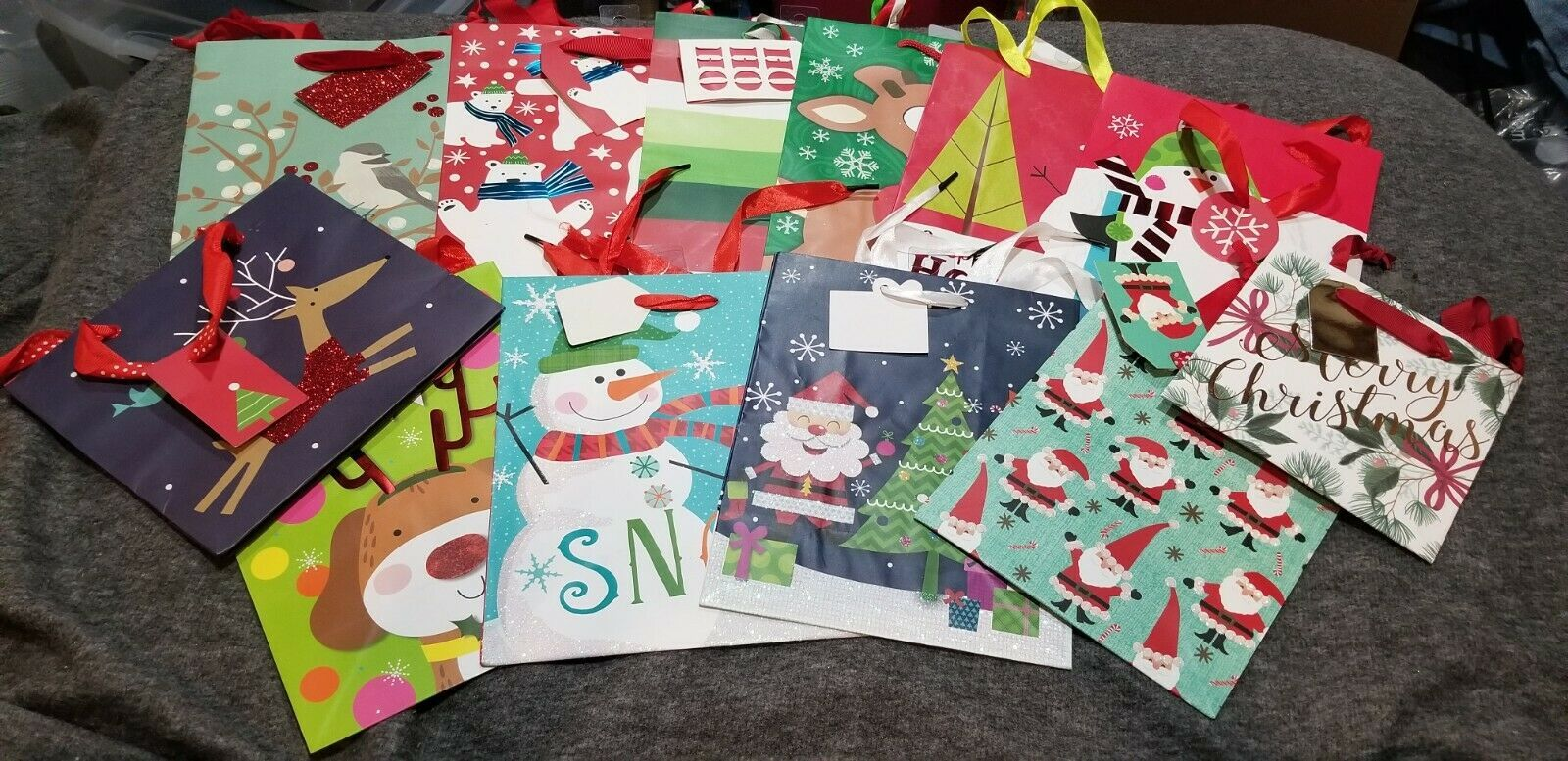 Primary image for Gift bags lot 12 bags