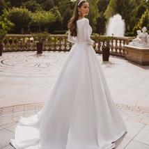 Elegant Solid Long Sleeve Satin Long Sleeve Lace Winter Wedding Gown image 3