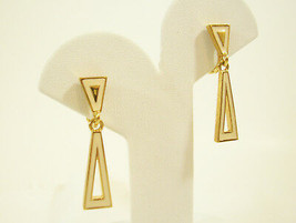 MONET CREAM n GOLD PLATE DANGLE TRIANGLE CLIP EARRINGS WHITE ENAMEL SLEE... - $16.82
