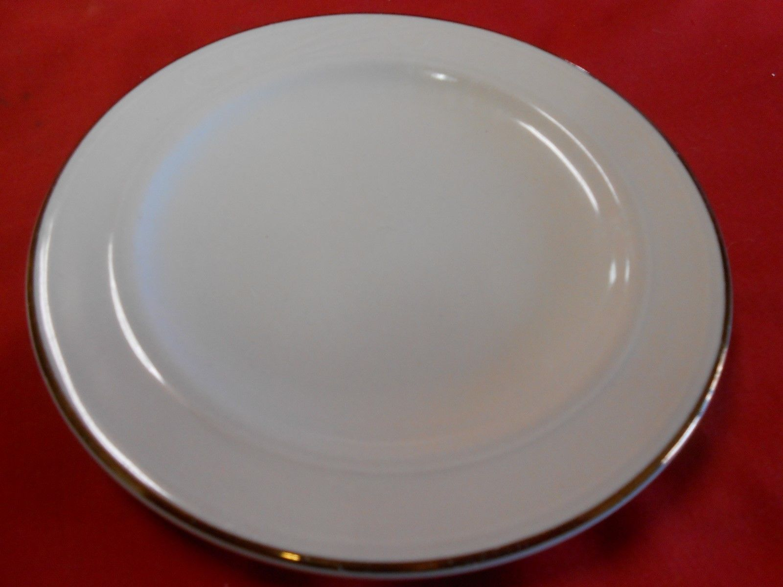 "Magnificent HOMER LAUGHLIN ""Lyrica"" 3 Dinner Plates & FREE Dessert Plate"