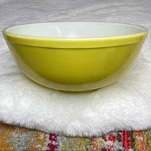 Vintage Pyrex Primary Color Mixing Bowl Yellow No #s but Size 404 ORIGIN... - $34.99