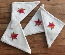 Vintage Napkins Cloth Hand Embroidered Leaf Pattern Farmhouse Thanksgiving - $33.29