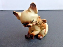 Vintage Josef Originals Kiss from Mouse Cat Figurine - $18.32