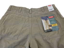 Wrangler Men's Relaxed Fit Fleece Lined Cargo Khaki  Pants  36 x 29  - $22.98