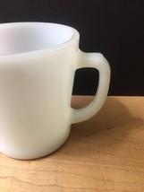 Set of 2 White D-Handle Fire King Mugs image 6