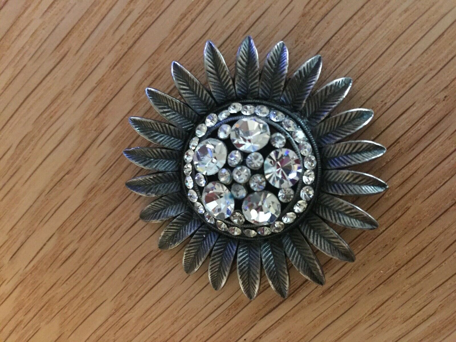 Primary image for Vintage Costume Jewelry Brooch Rhinestones Glass