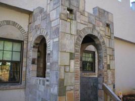 29 CONCRETE USA MOLDS MAKE 1000s OF CASTLE PAVERS, TILE, STONES MAKE FOR PENNIES image 2
