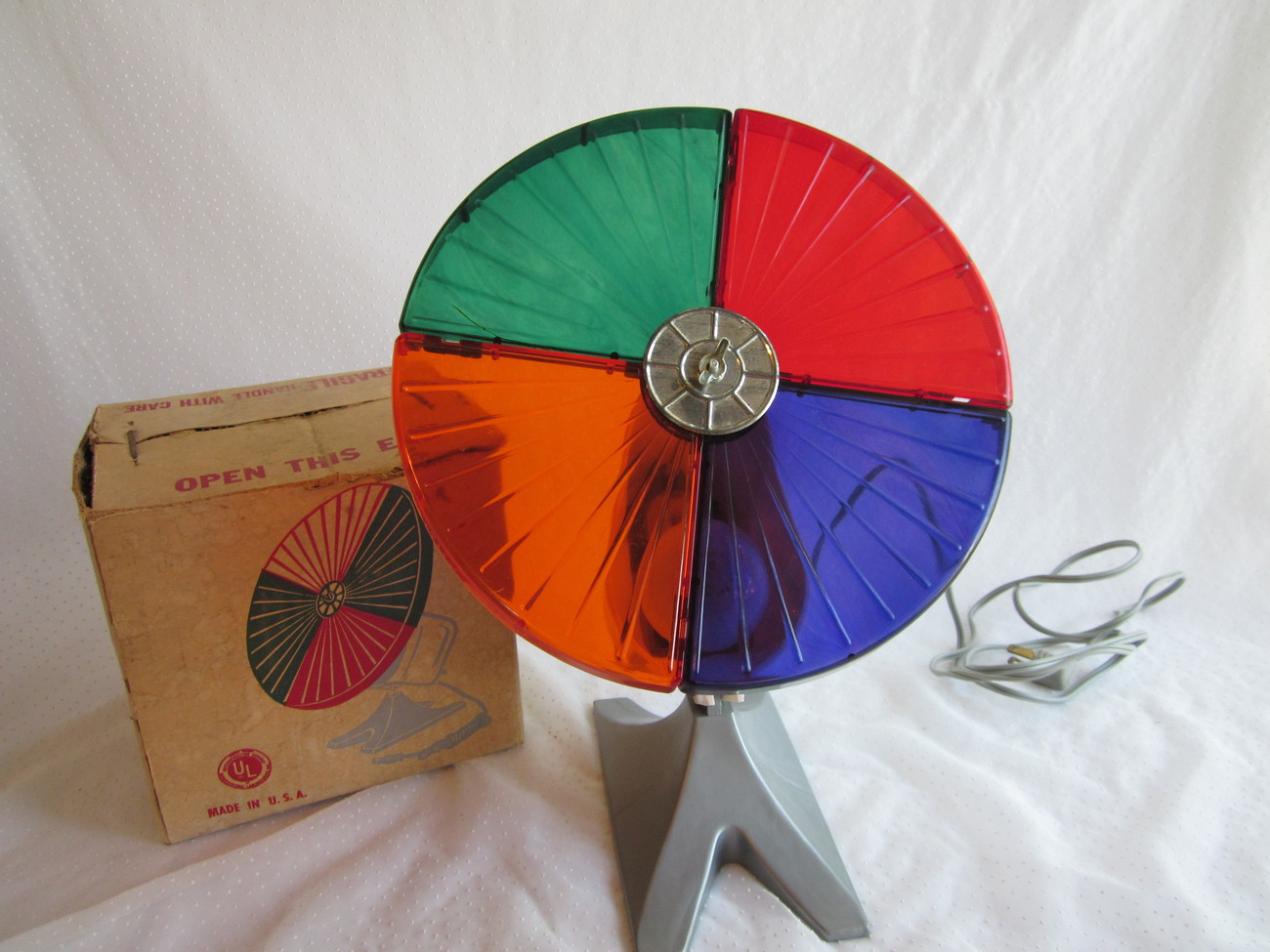 Colortone Roto Wheel Snapit Vintage Aluminum Tree Light 4 Colors