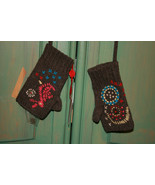 OILILY FINGERLESS BROWN FLORAL WOOL MITTENS SIZE 5 (NWT) - $30.00