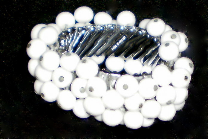 Vintage Cha Cha White Milk Glass Bead Expandable Bracelet  Japan