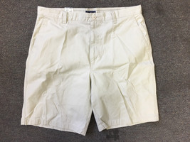 Dockers Nwt Cotton Twill Loose Fit Flat Front Short - Size 36 - $20.85