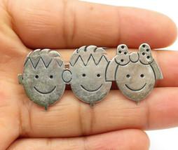 925 Sterling Silver - Vintage Etched Smiling Children Brooch Pin - BP3937 - $28.15