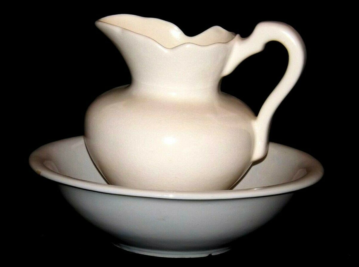 Ceramic McCoy 7516 USA Washbowl and Pitcher AA18-1344 Vintage