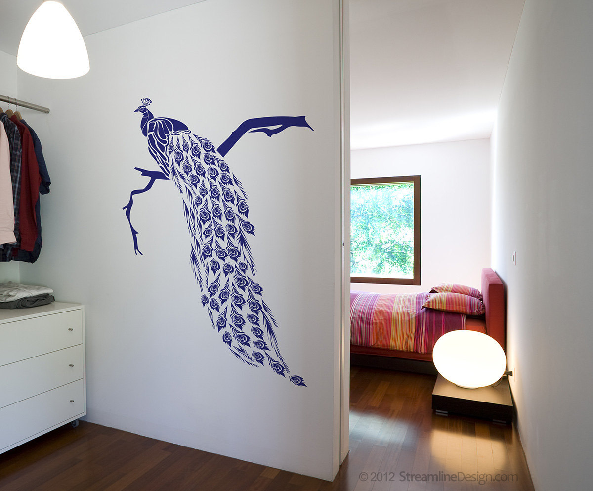 Big Beautiful Peacock vinyl wall art decoration.
