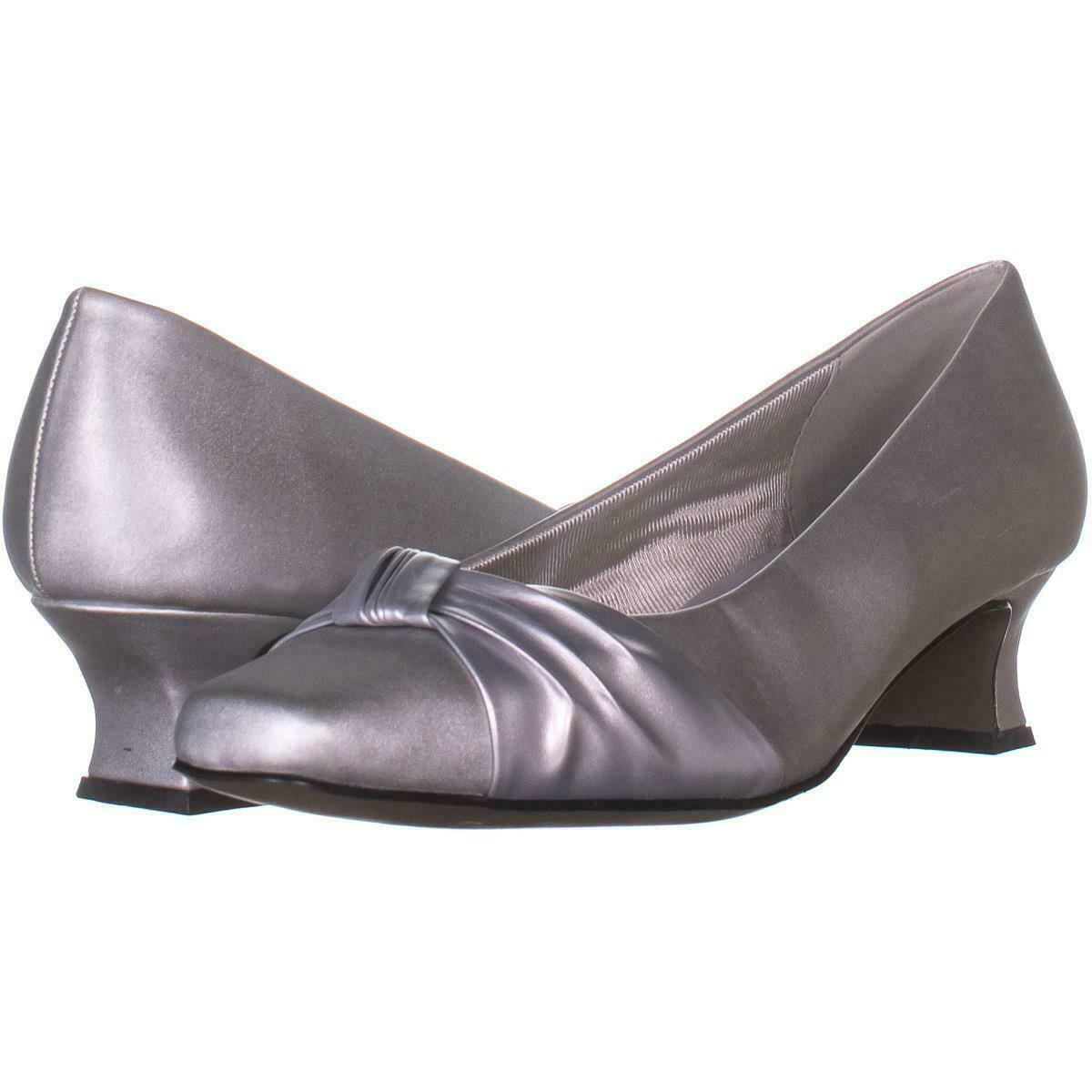 Primary image for Easy Street Waive Kitten Pump Heels 267, Silver, 7.5 W US