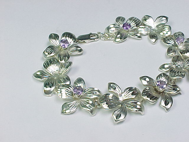 AMETHYST and STERLING FLORAL BRACELET - High End - 7 inches long