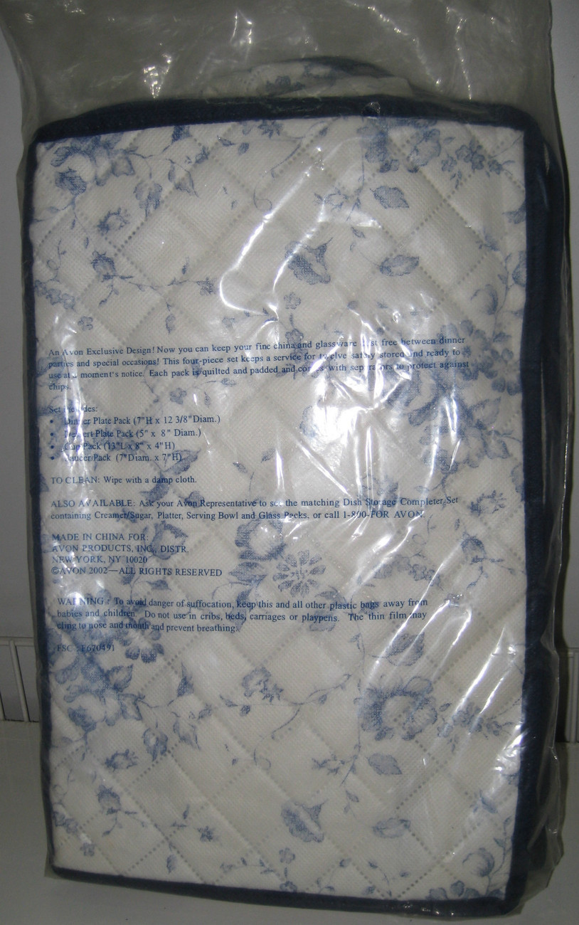 AVON Gift Collection DISH STORAGE Basic Set for Fine China Quilted White/Blue