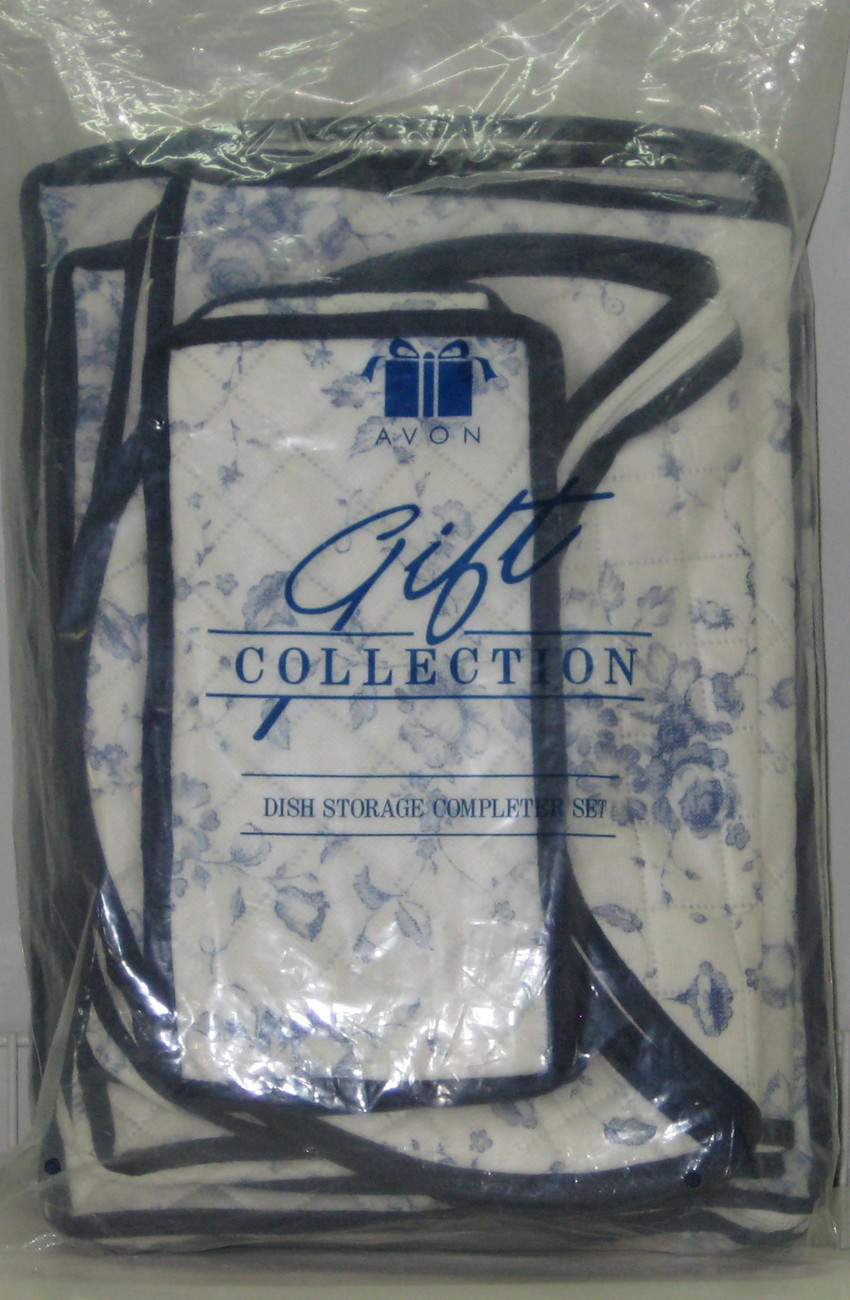 AVON Gift Collection DISH STORAGE Completer for Fine China Quilted White/Blue